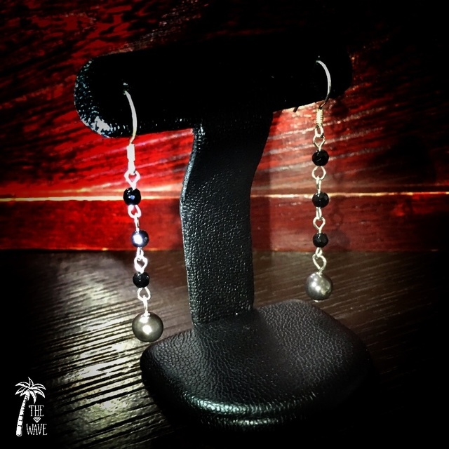 ブラックパールのピアス -silver-