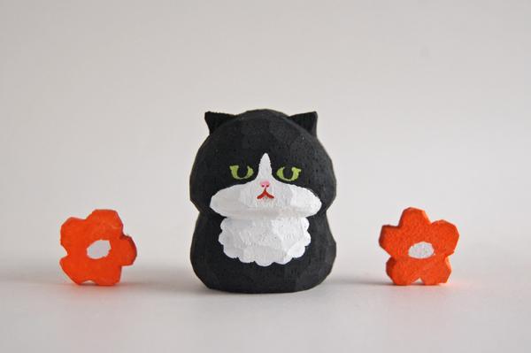 木彫り人形ねこ 黒×白 [MWF-210]
