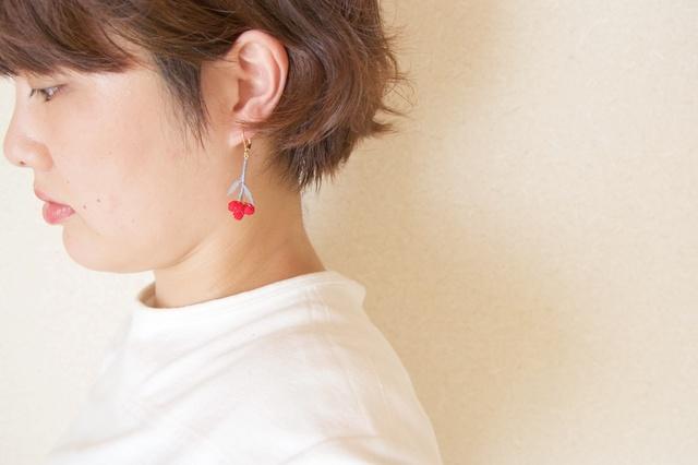 ito hana piace/earring【片耳用・あか/グレー】