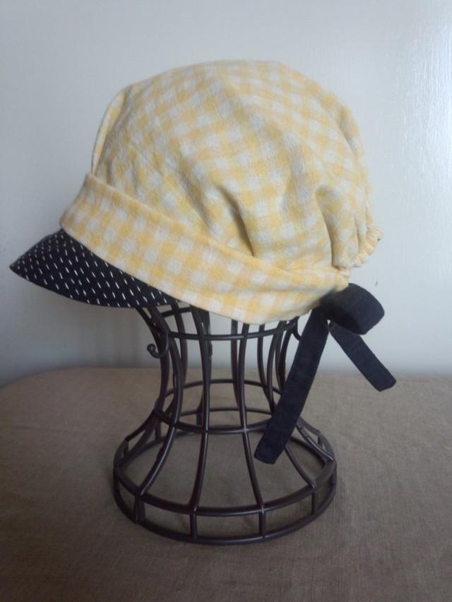 れもん色のギンガムキャスケット帽