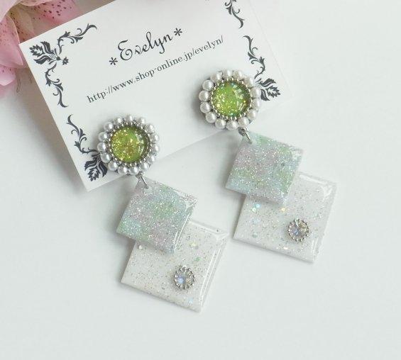 丸と四角のイヤリング:グリーン
