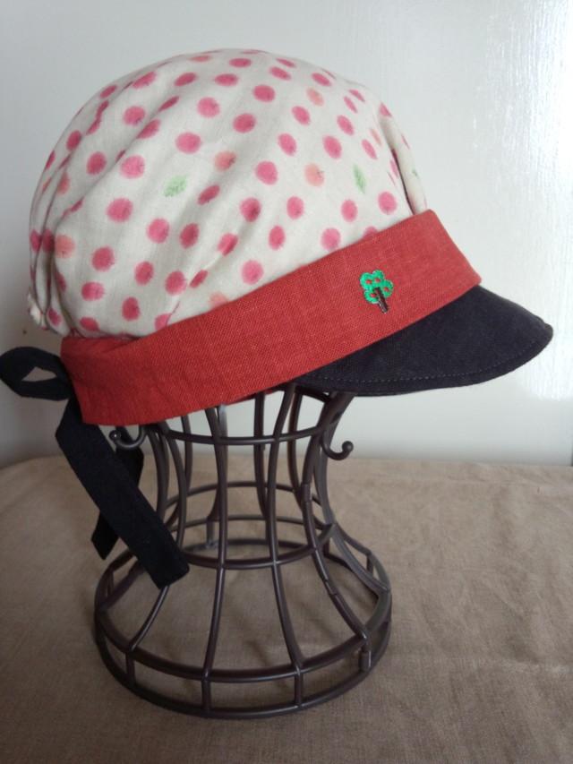 りんごのガーゼキャスケット帽