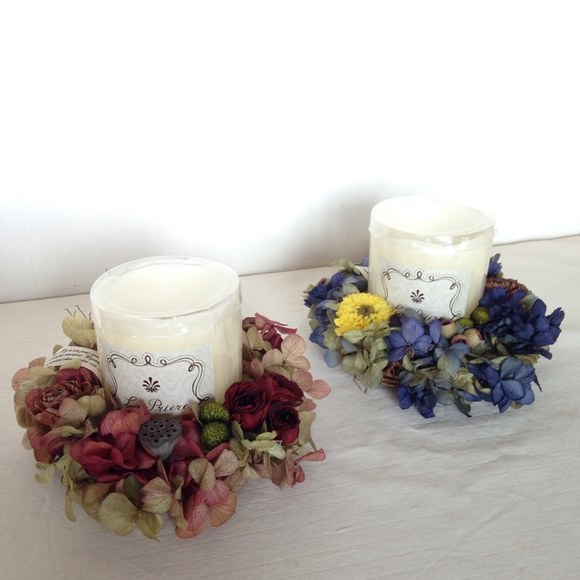 candle wreath(red or blue)