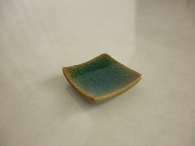 ミニチュア陶器☆角皿 青ガラス からかね