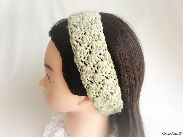 ふんわりヘアバンド 手編みスモークグリーン