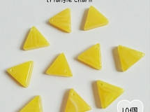 FAKE STONE triangle Charm [三角チャーム] 10個set【color番号06】