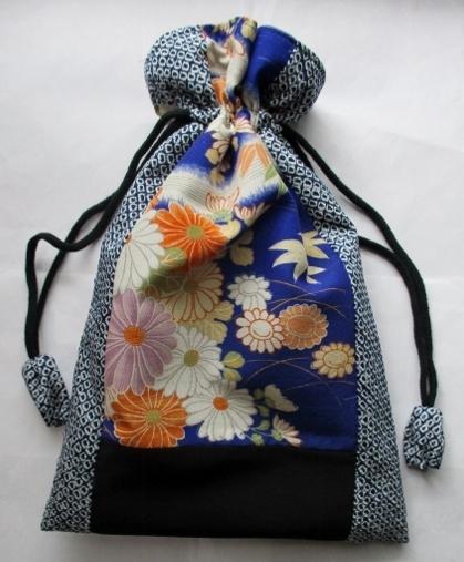 着物リメイク 絞りと花柄の着物で作った巾着袋 1825