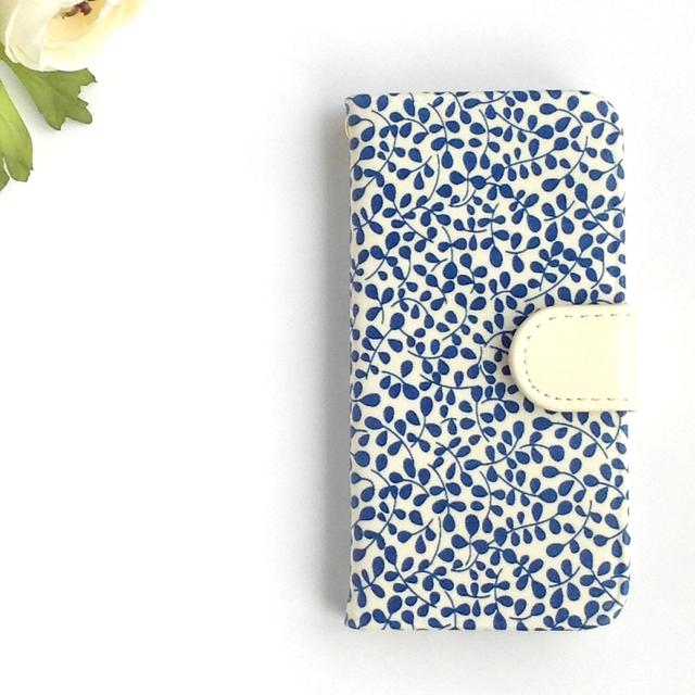 リバティiphone6 6S手帳型ケース ガーデントレイル(ブルー)スマホ全機種製作可