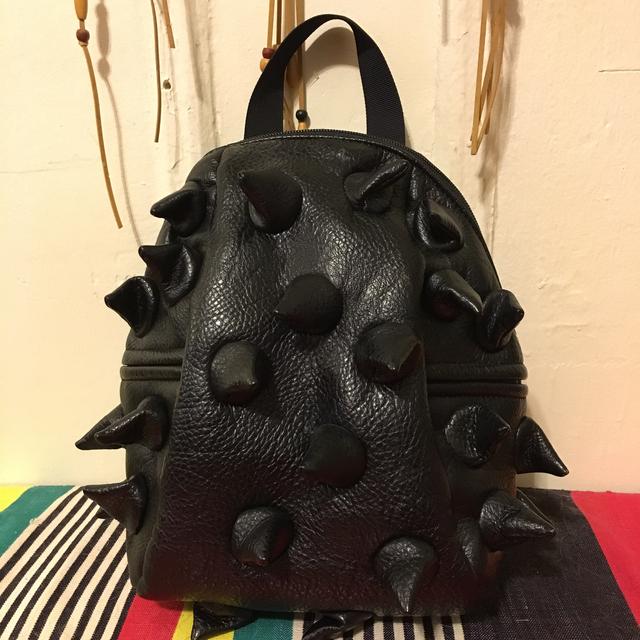 トゲトゲ ブラック ハンドバッグ