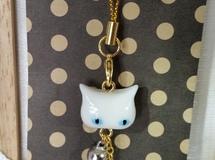 にゃんこやかた白猫顔ストラップ
