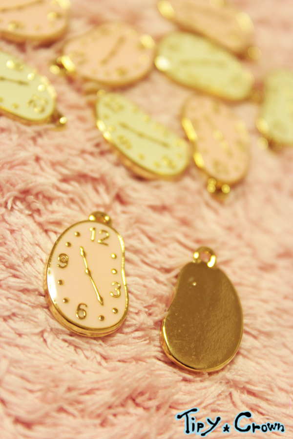 ゴールドチャーム 時計ピンク5個入