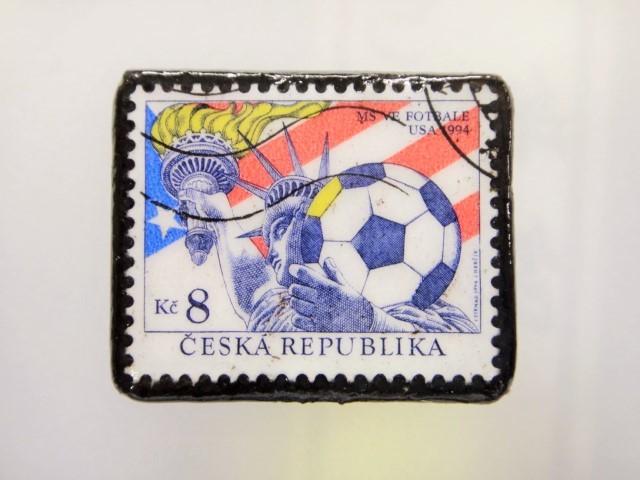 チェコスロバキア  切手ブローチ1484