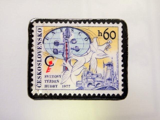 チェコスロバキア  切手ブローチ1489