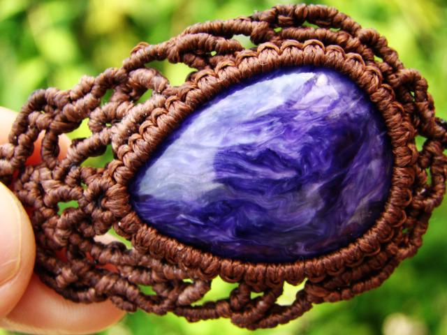 高品質チャロアイトのマクラメ編み 天然石ネックレス