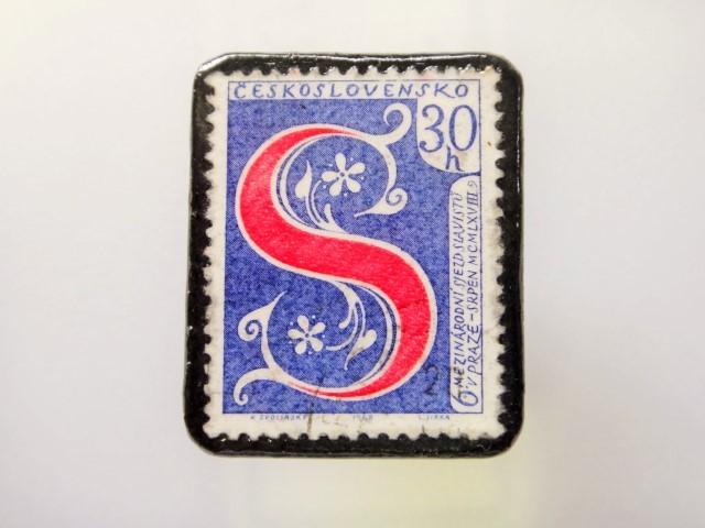 チェコスロバキア  切手ブローチ1492