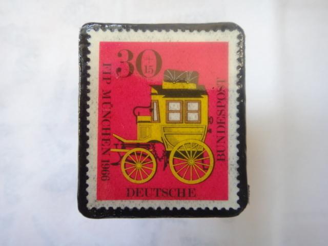 ドイツ  切手ブローチ1495