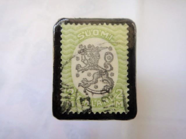 フィンランド  切手ブローチ1497
