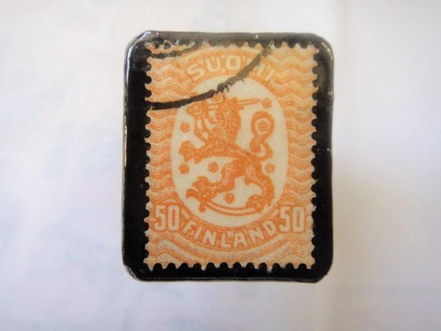 フィンランド  切手ブローチ1501