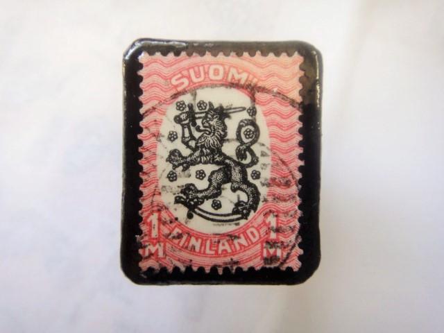 フィンランド  切手ブローチ1503