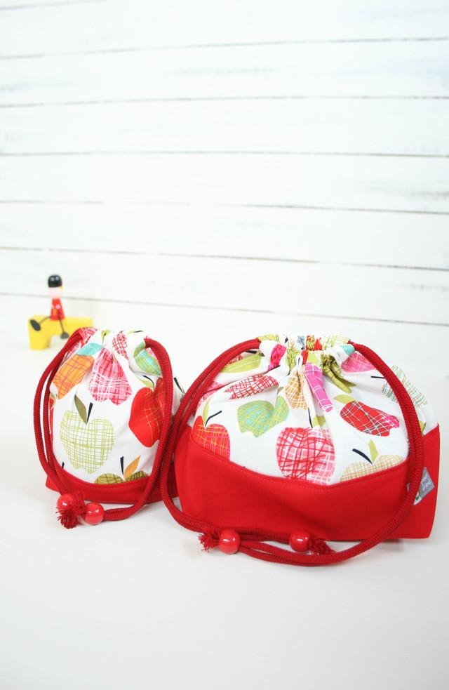 入園入学準備 いろいろりんごのお弁当袋とコップ袋