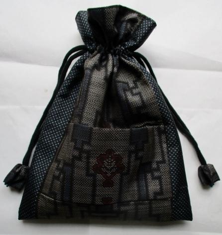 着物リメイク 大島紬で作った巾着袋 1843