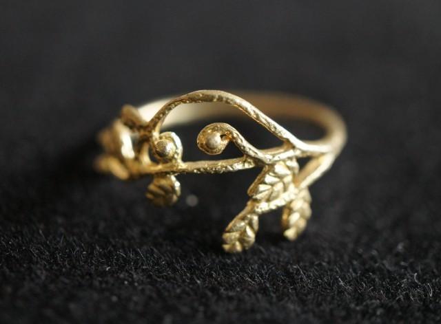小枝 ゴールド・リーフ・リング(真鍮製)