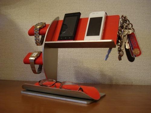 誕生日プレゼントに!レッド腕時計2本・キー・携帯電話スタンド 《タバコ、ライター、メガネなども置ける大きな小物トレイ付き》 ak-desig