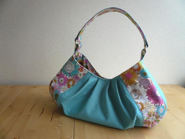 リバティ Small Susanna(スモール・スザンナ)×帆布のワンハンドルバッグ
