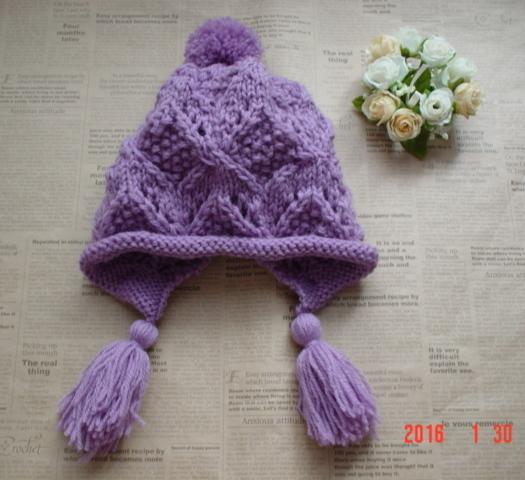 ☆彡魔法のタッセル付〜お耳もすっぽりカバーして暖かニット帽