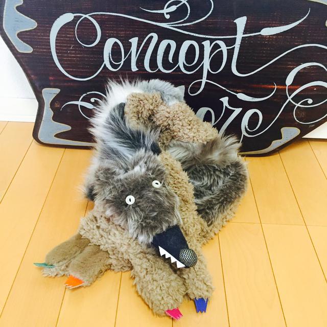 受注生産オオカミマフラー11月末から順次お届け