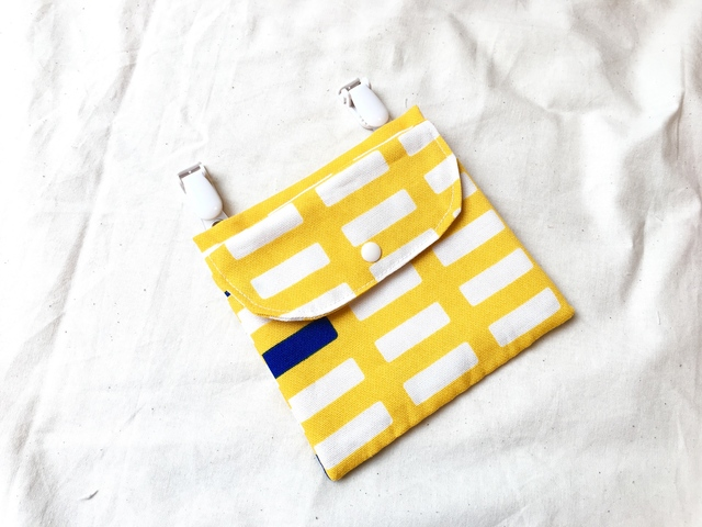 フラップ付き移動ポケット*格子yellow