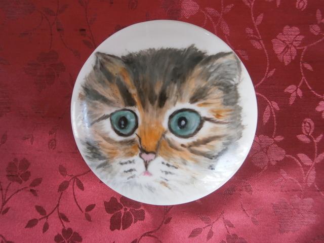 猫の絵の小物入れ