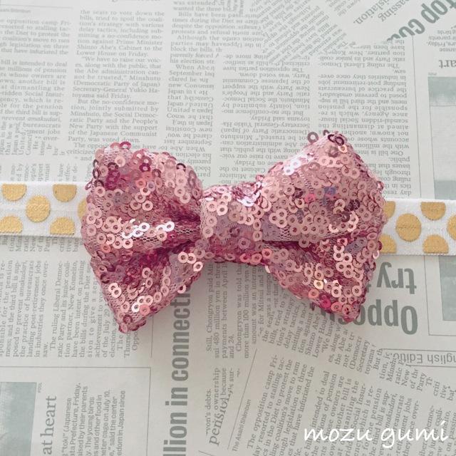 【お子様用/ハロウィンに】ピンクスパンコールリボン+ホワイト×ゴールド(ドット)ヘアーバンド