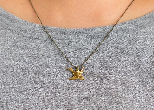 鳥(真鍮)のネックレス