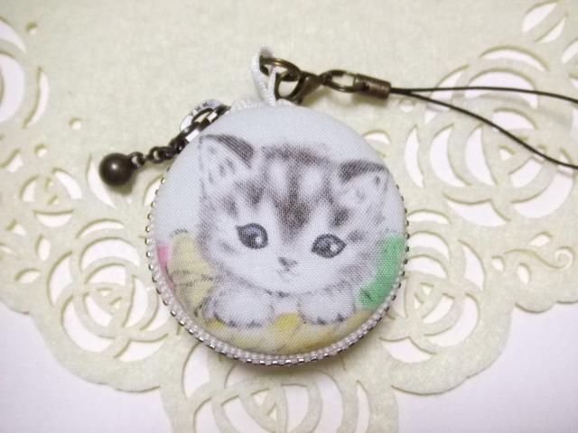 子猫/マカロンコインケース(マカロンポーチ)ストラップ付