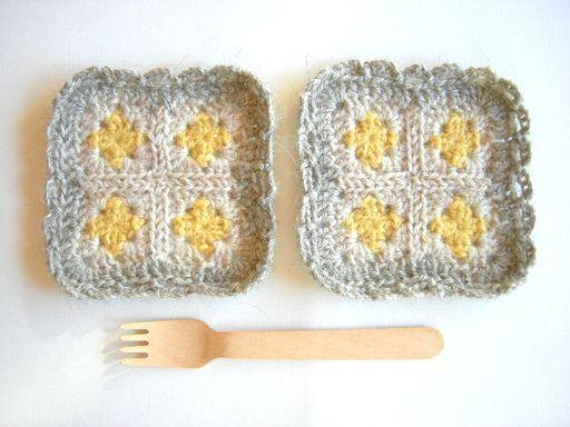 モチーフ編みのコースター レモン