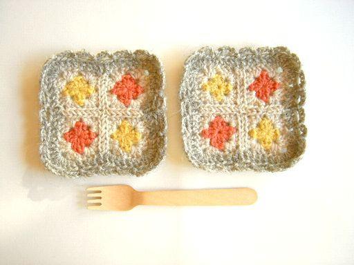 モチーフ編みのコースター ミックス