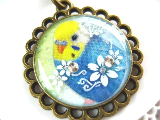 ふんわり青セキセイとお花のストラップ_440 s2 19p