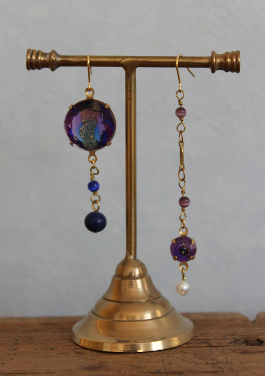 SORRY --SOLD OUT-- 購買部 53:シリウス金剛石の丸ピアス/碧紫色