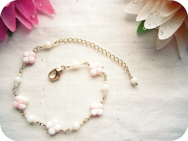 Queen Conch Shell Bracelet.~Coral ver~