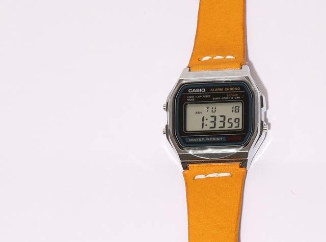 official photos a1db9 96672 HERMES エルメス 糸使用♪ CASIO A158専用 アリゾナ レザー 革ベルト 腕時計 (色:イエロー)※受注後、製作♪