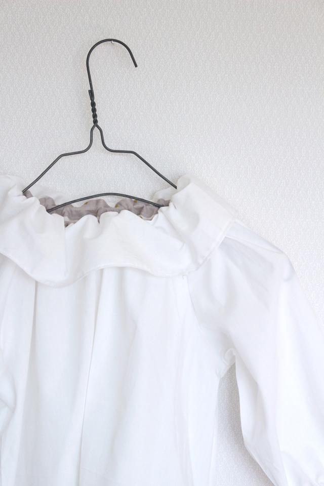 kids white blouse -cotton lawn-   100.90