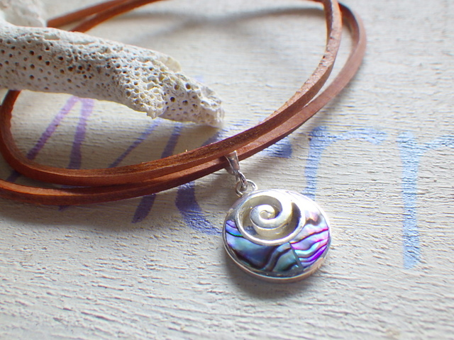 Swirl Wave Surf Necklace--�Ȥα�����...