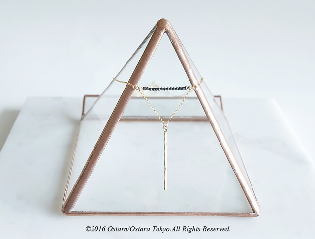 【Monica】14KGF Swarovski Chain Triangle Necklace, Hammered Bar