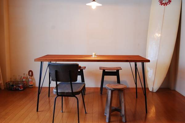 Pure Pine table 12*7(ab)