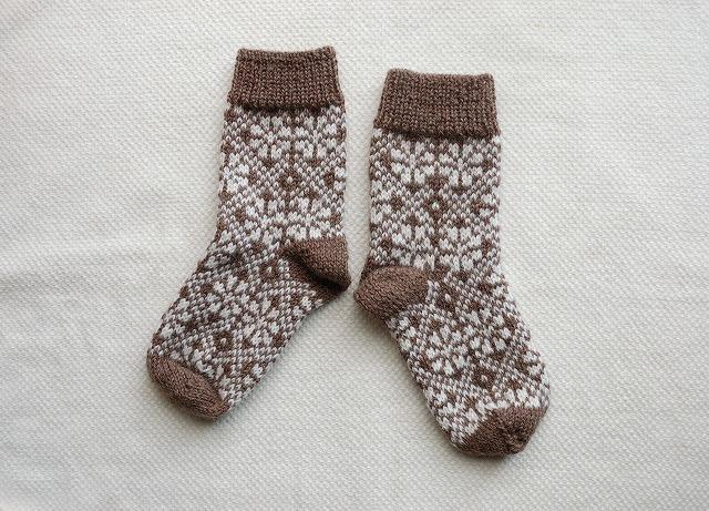 手編みの靴下 【ラトビアアレンジ】