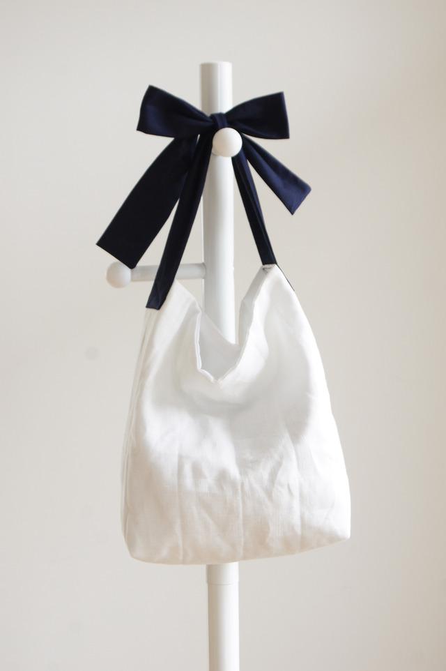 【M】リネンキルティングリボンのバッグ(ネイビー)