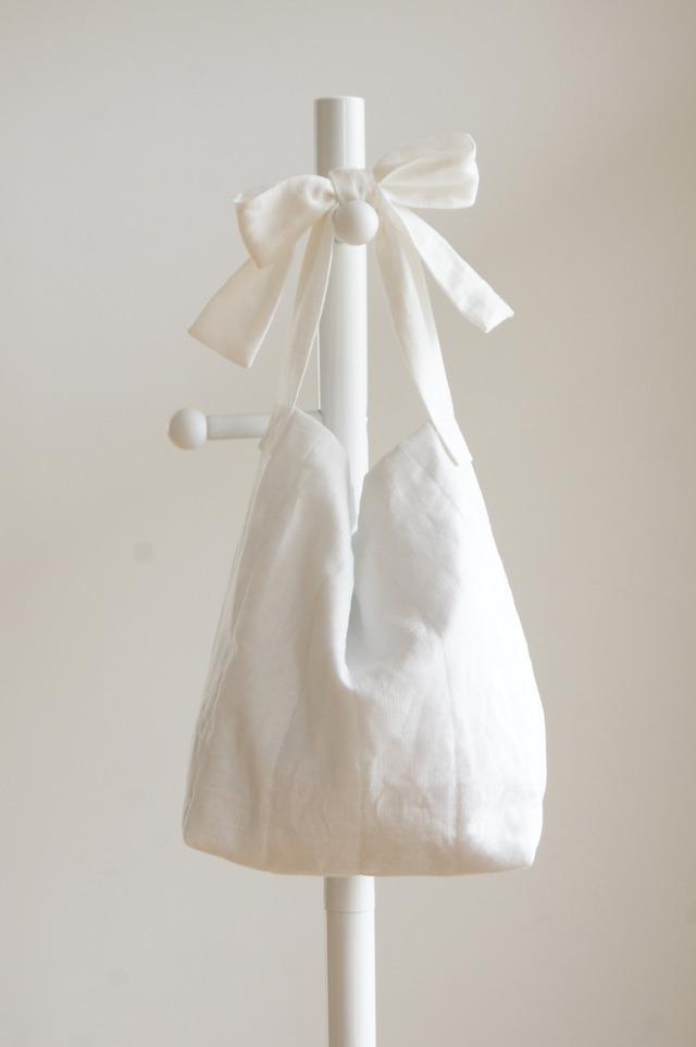 【M】リネンキルティングリボンのバッグ(ホワイト)