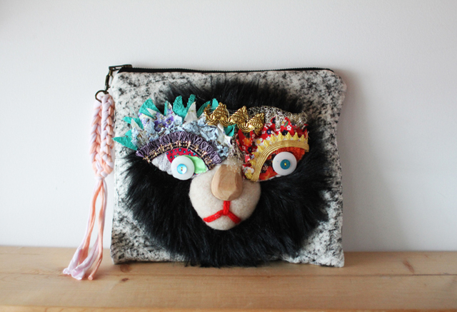 <New!>Lion clutch/black