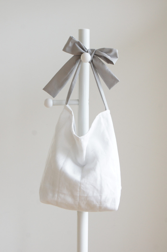 【M】リネンキルティングリボンのバッグ(ライトグレー)